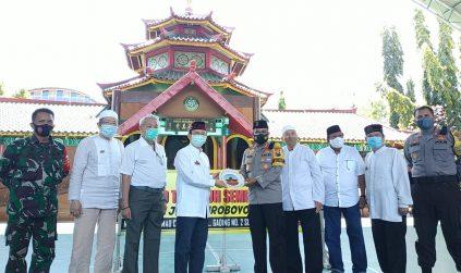 Kapolrestabes Surabaya Tinjau Masjid Cheng Hoo