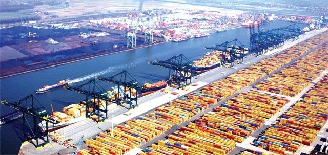 Jokowi Tawarkan Proyek Pelabuhan Hingga Kereta