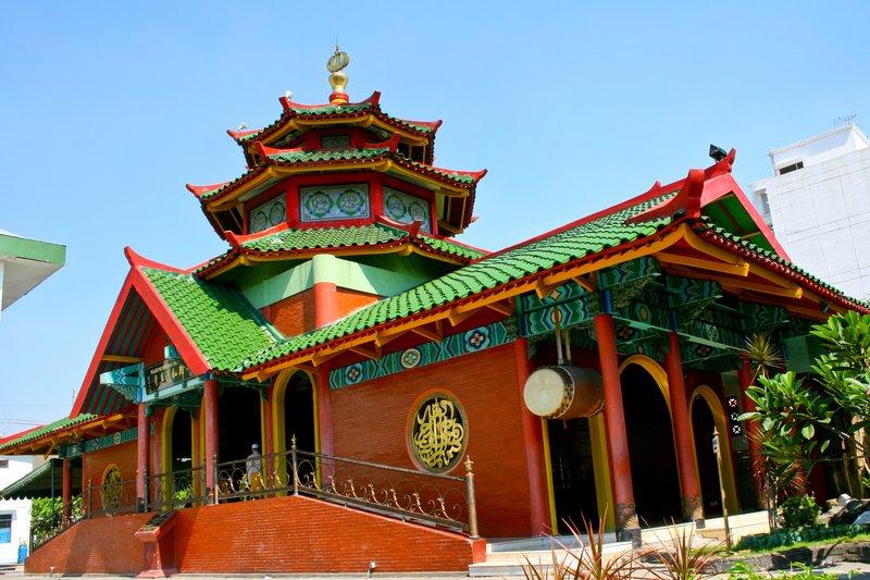 Pesona Islami Masjid Cheng Hoo yang Bergaya Klenteng di Surabaya