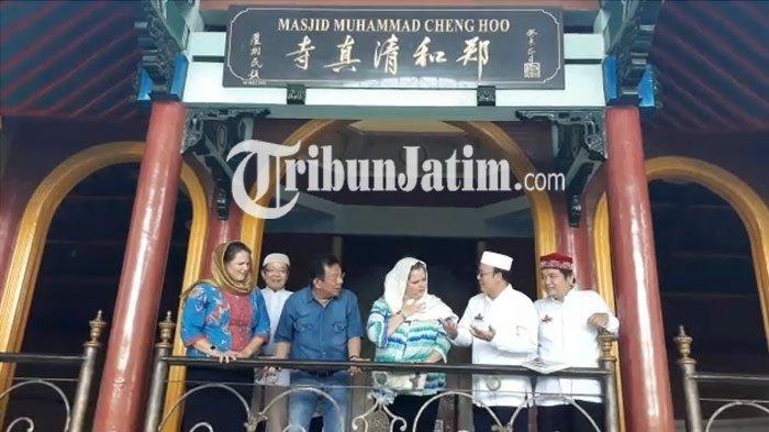 Konjen Amerika Serikat Mengunjungi Masjid Cheng Hoo di Kota Surabaya