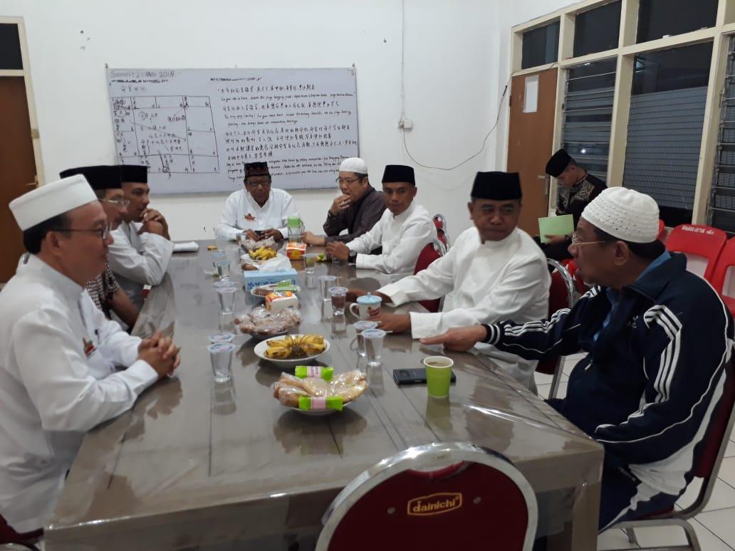 Pangdam V/Brawijaya Subuh Berjemaah di Masjid Cheng Hoo